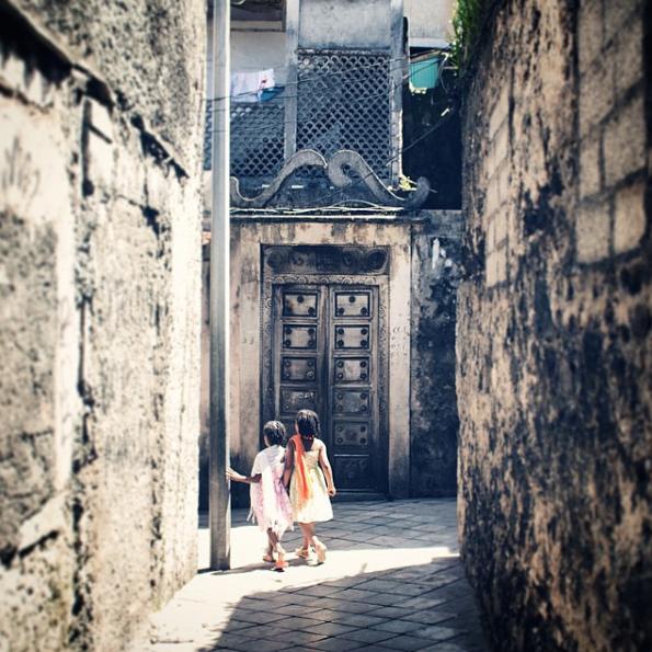 Moroni, Comores w: @kanayakine